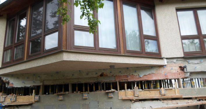 ERKA Pfahl Hebung Einfamilienhaus in Halle